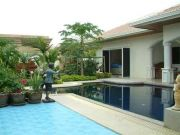 Jomtien Park Villas houses For Sale in  Jomtien
